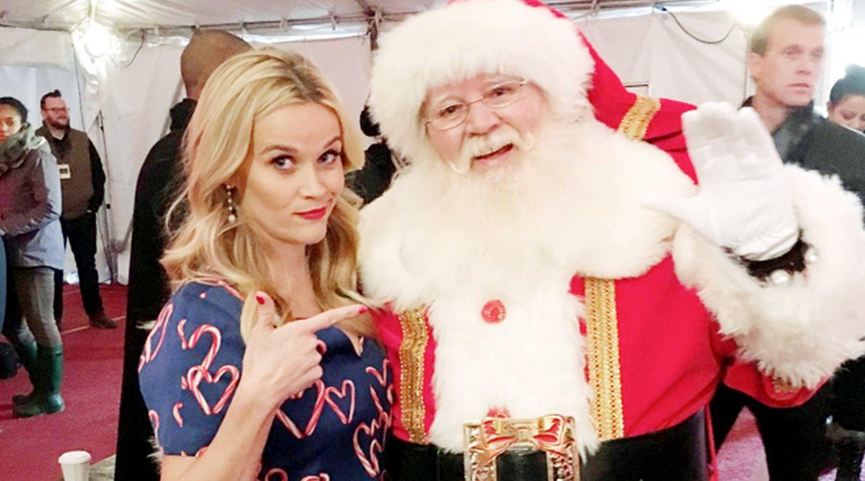 Warum Trägt Der Weihnachtsmann Rot?