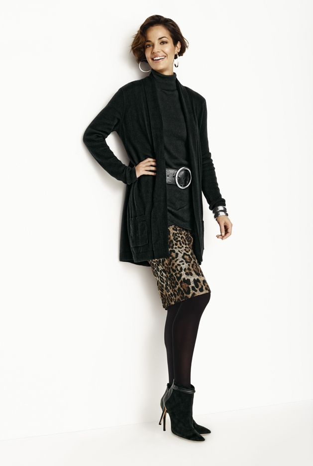 Chico's Short Animal Skirt #chicossweeps I want the entire outfit! Love it!