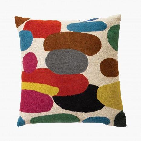 coussin galet cushions pinterest galets le motif et artisanat. Black Bedroom Furniture Sets. Home Design Ideas