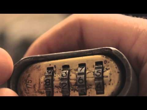 How To Pick A Master Lock 175 With A Paper Clip Youtube