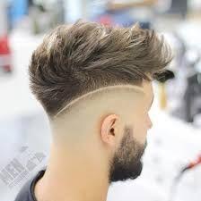 Rayas de corte de pelo de hombre