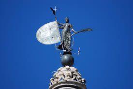La Veleta en mayúsculas de Sevilla El giraldillo