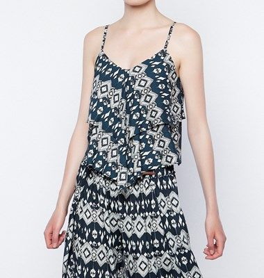 Printed Top with ruffles 133-210165 34,90 €