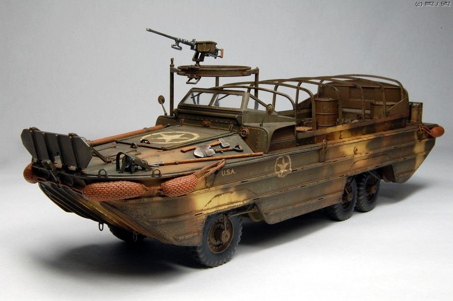 ARMY MILITARY TANK WW2 A11 DUKW 353 US Marine    1//72 VEHICULE MILITAIRE CHAR