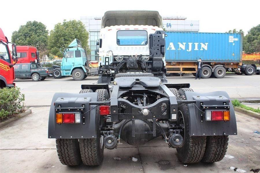 Gxz 6uz1 Tractor Truck 6 4 Isuzu Truck Tractor Http Www Isuzutruckscn Com Africa Market 6x4 Vc46 Isuzu Prime Mover Tractor Head Road Sweeper Trucks Tractors