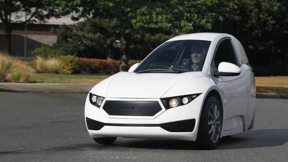 This Canadian 1 Seater Electric Car Is The Lonely Man S Tesla One Seater Car Electric Cars Car