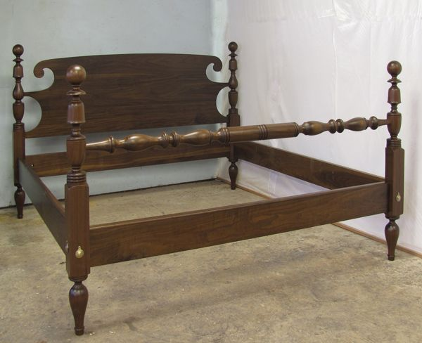 Reproduction Of An Antique Cannonball Bed Cannonball Bed Bed Design Bed Styling