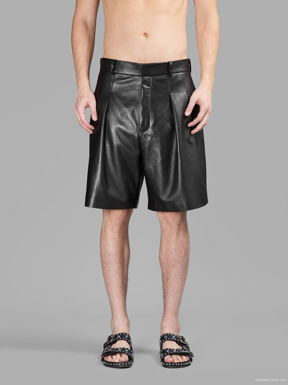 Bermuda Style Black Leather Mens Shorts For Winter Mens Shorts Winter Shorts Black Leather [ 1333 x 1000 Pixel ]