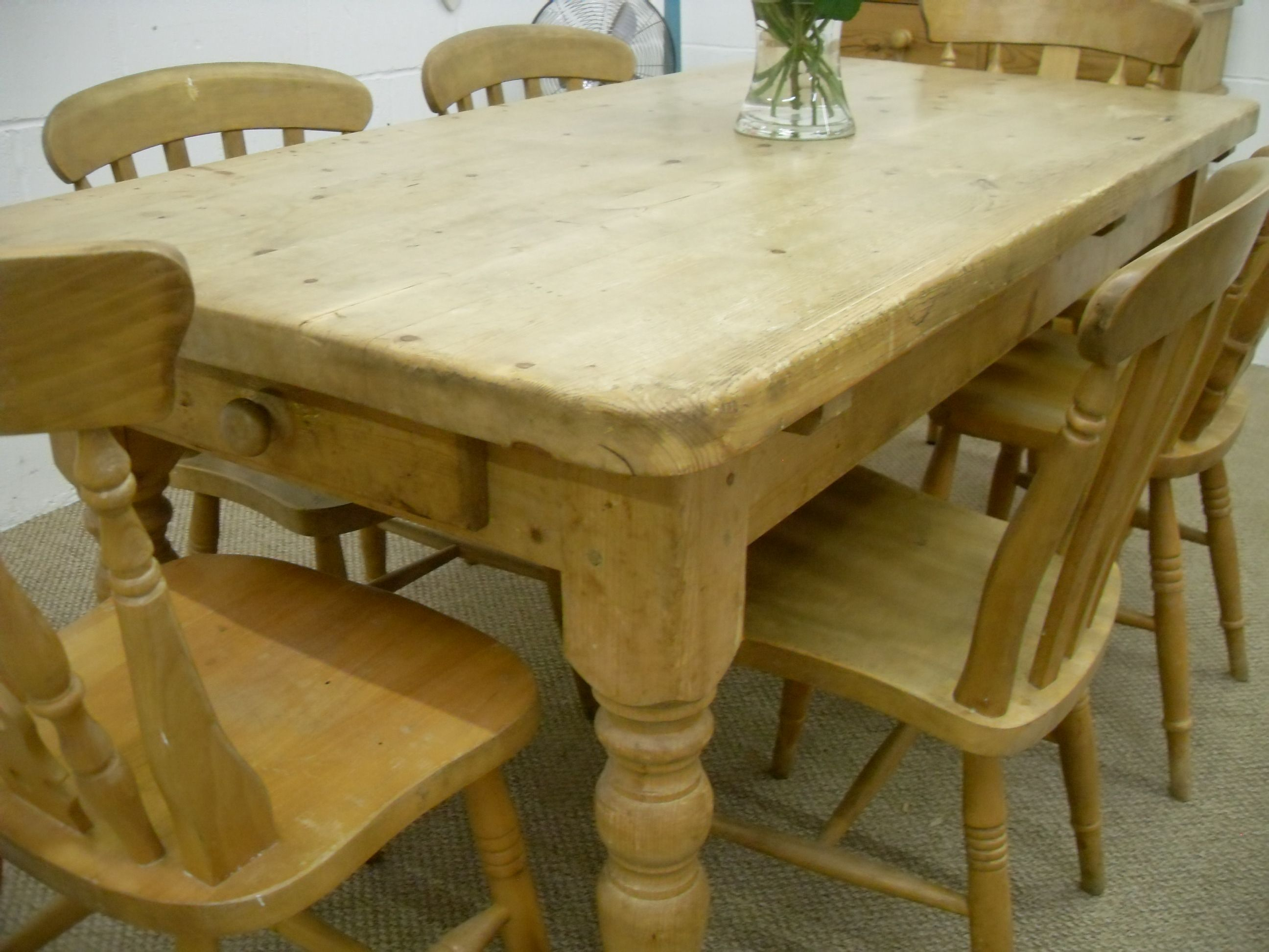 Very Old Rustic Farmhouse Solid Pine Kitchen Table 6 Mixed Chairs L 168 W 82 H 79 Cm 295 Http Www Drabtofabfurnitur Pine Kitchen Table Kitchen Table