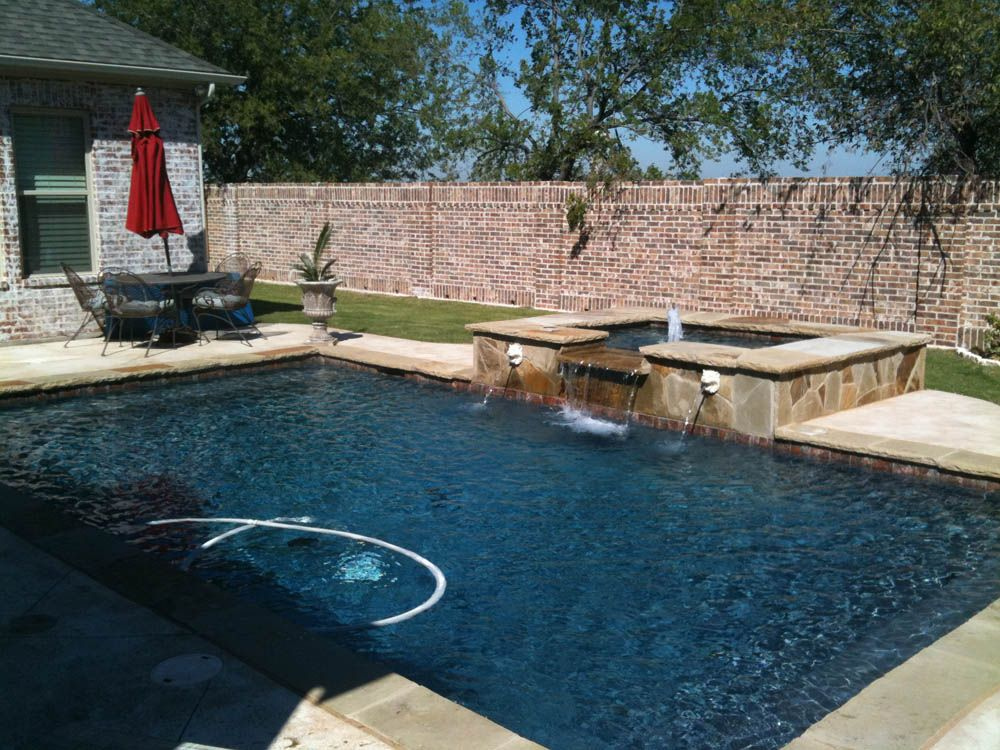 Straight line pools dallas fort worth backyard and pool design pinterest fort worth for Swimming pool builders fort worth
