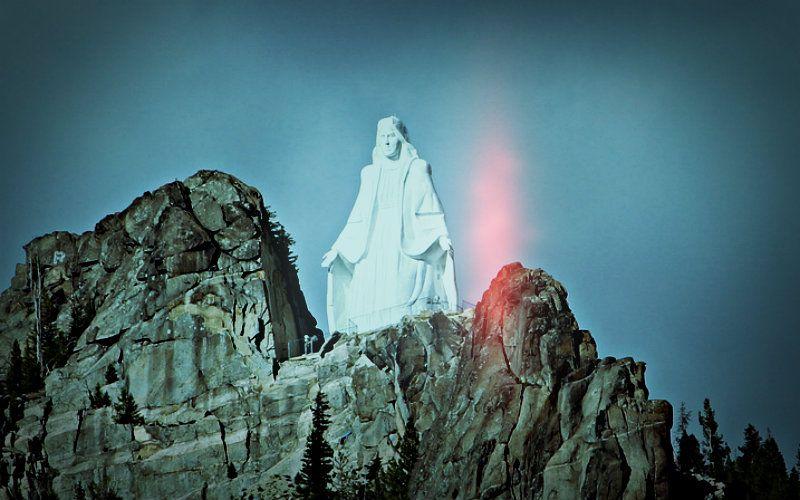 """Onze Vrouwe van de Rockies"""": het wonderbaarlijke verhaal achter Montana van 90-ft beeld van Maria"""