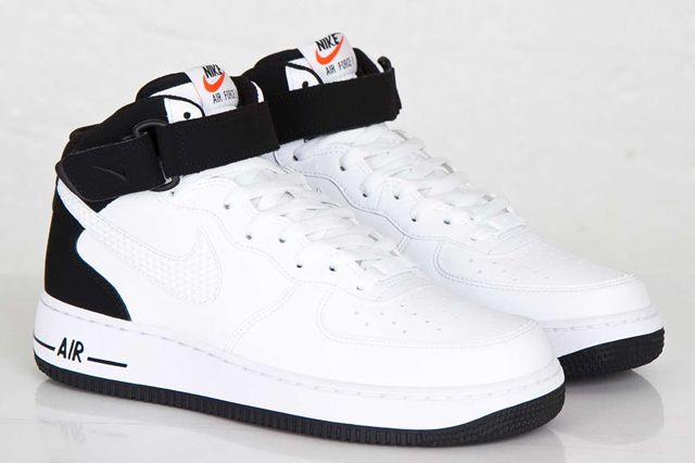 Nike Air Force 1 Blanco Y Negro Mediados Talón