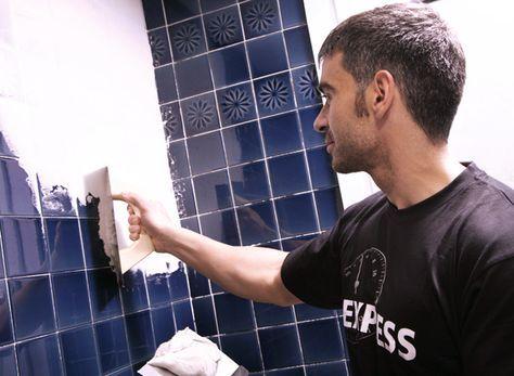 Renovar los azulejos del ba o y cocina sin obras - Cubrir azulejos bano ...