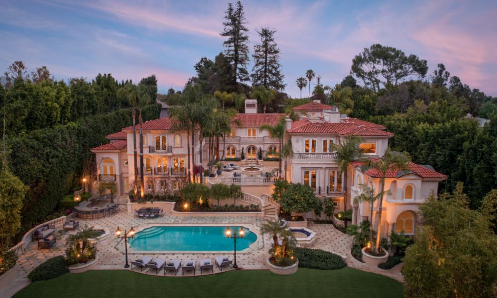 50 Million Stunning Mediterranean Style Architecture Mega Mansion In Bel Air California Luxury Architecture Mansions Luxury Homes Dream Houses Mansion Designs
