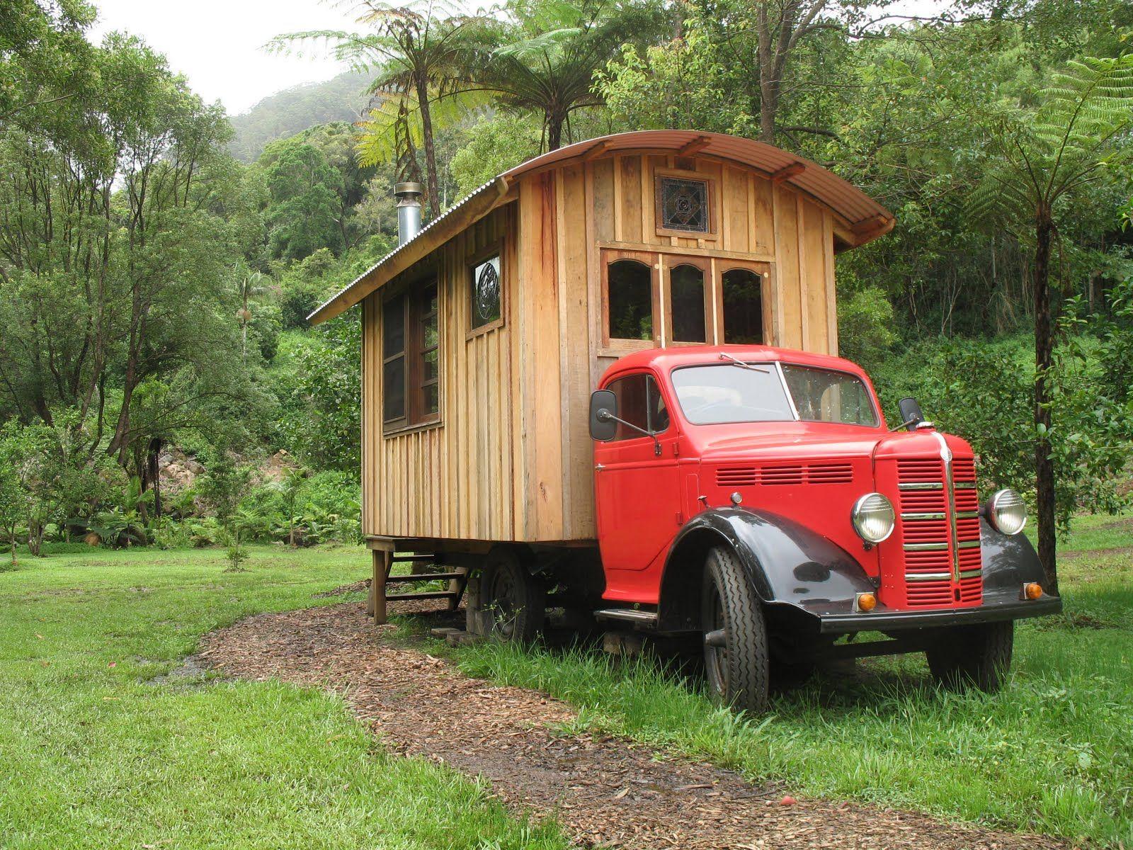 Lloyd S Blog Petite Maison Sur Roues Vivre Dans Une Tiny House Roulotte