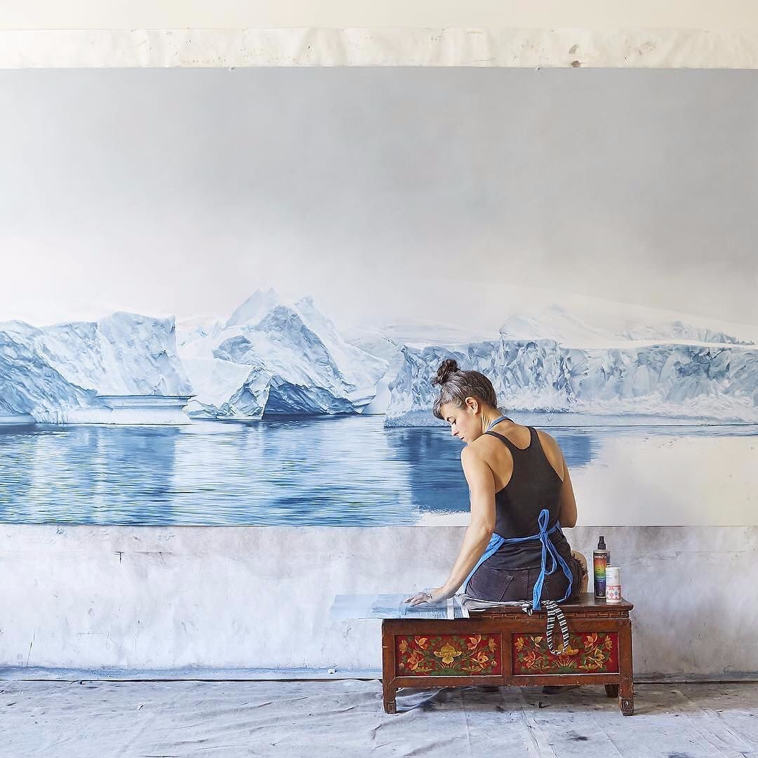 We are blown away by @zarialynn's talent. She creates these #hyperrealistic #pastel #paintings to illustrate both the beauty of the #landscape and the negative impacts of #climatechange. \\\ Photo by @bmarananpineda by designmilk