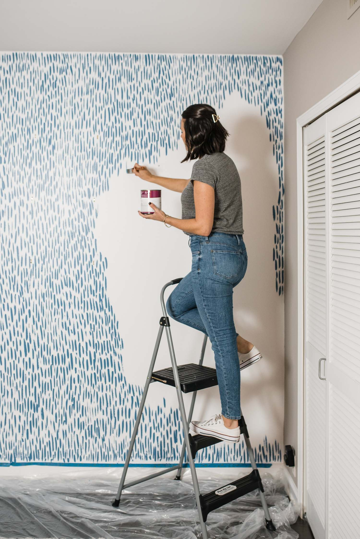 Diy Brushstroke Accent Wall Tutorial My Style Vita In 2020 Bedroom Diy Diy Bedroom Decor Diy Accent Wall