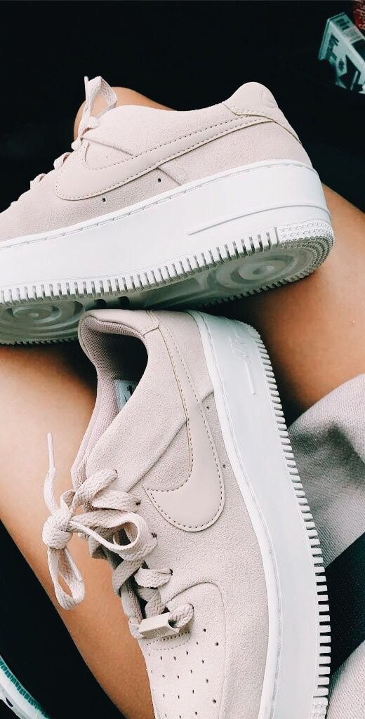 Pin by Sarah Cooper on Trendy Outfits | Cool nike shoes