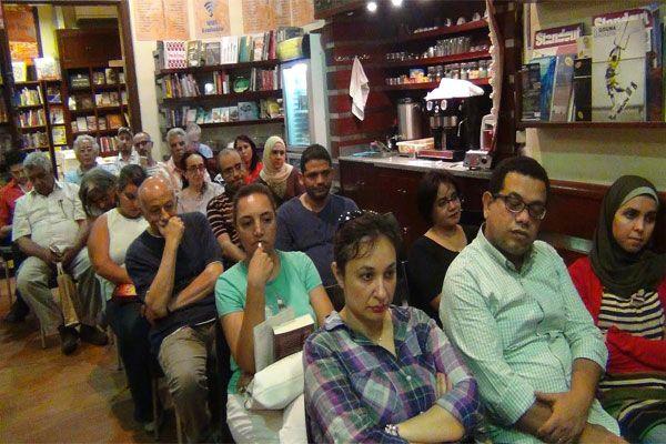 بالصور حفل توقيع معبد أنامل الحرير لإبراهيم فرغلي بديوان الزمالك Talk Show Talk Scenes