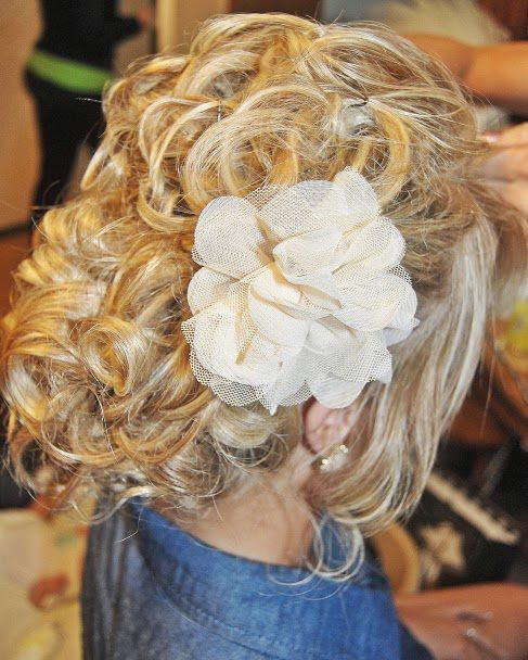My wedding hair :) The flower came from Rue 21