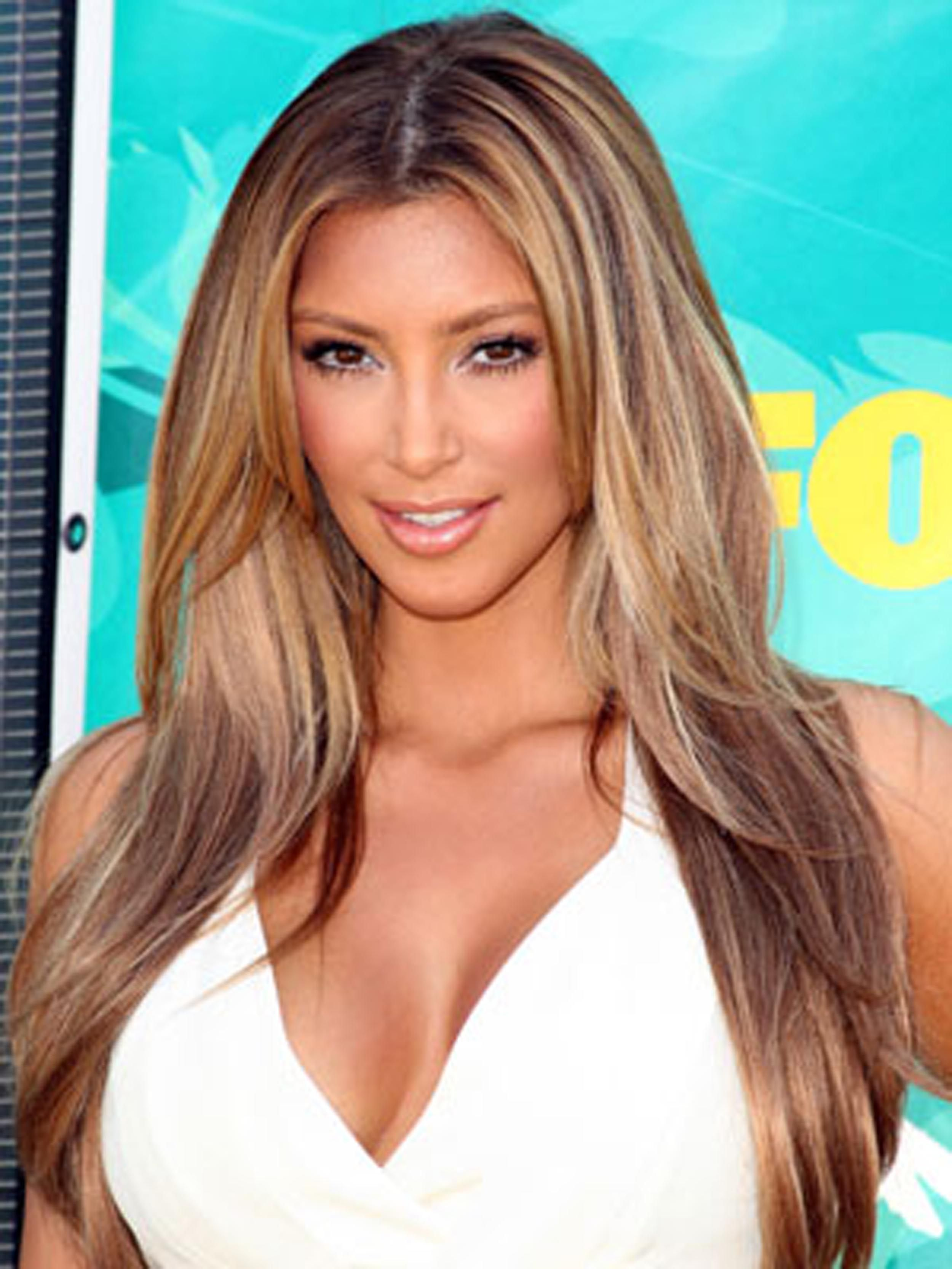Layers For Longer Hair Kim Kardashian Hair As Womens Hairstyles