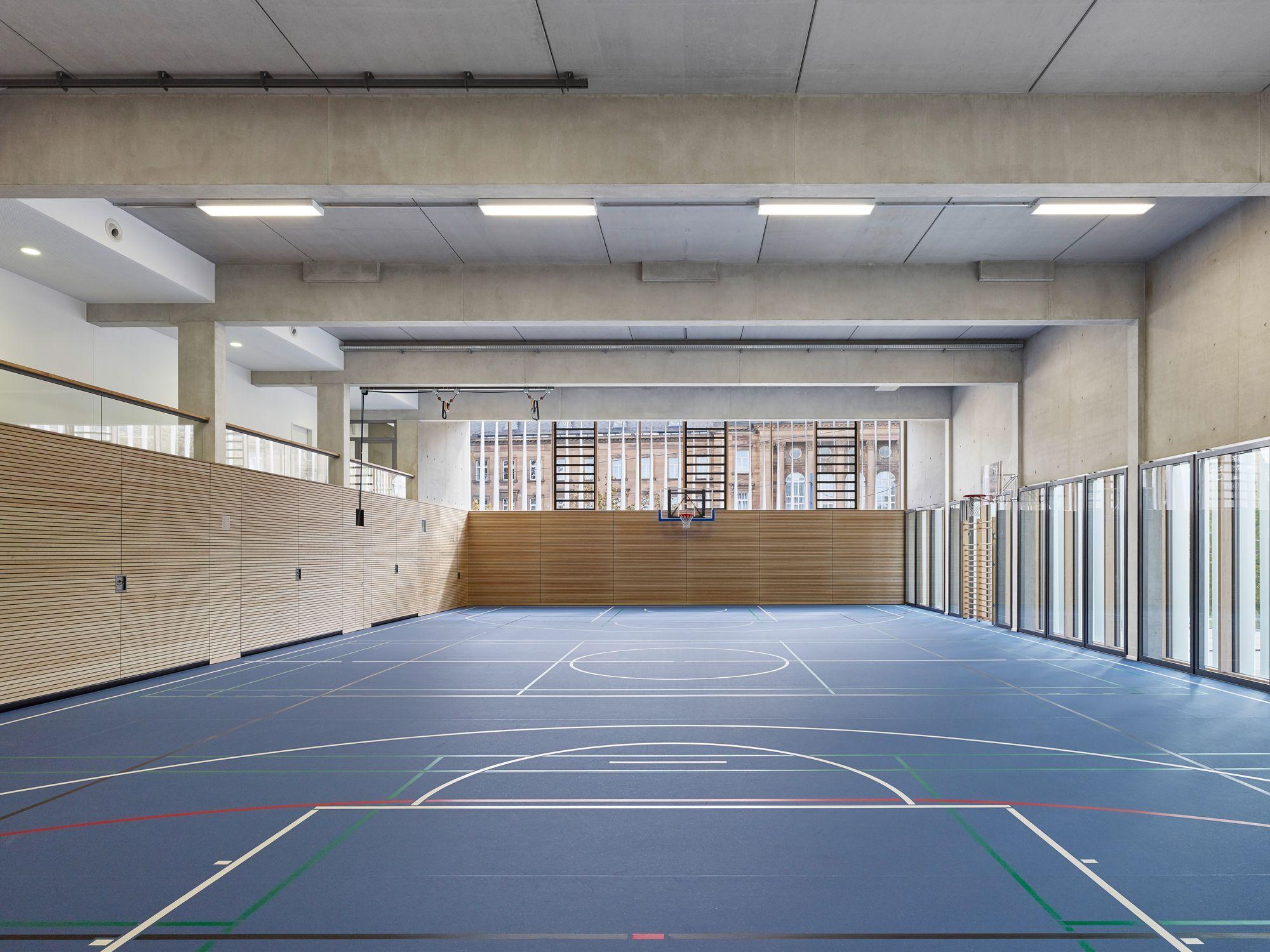wandelbare fassade sporthalle von h4a architekten. Black Bedroom Furniture Sets. Home Design Ideas