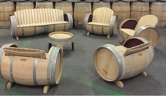 Mobilier de salon | Chaises fûts à vin | Pinterest | Meuble ...
