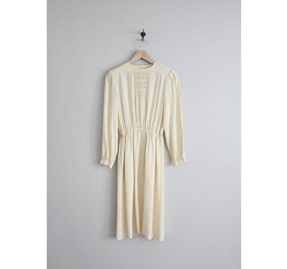 cream silk dress / 1970s dress / long sleeve silk by allencompany