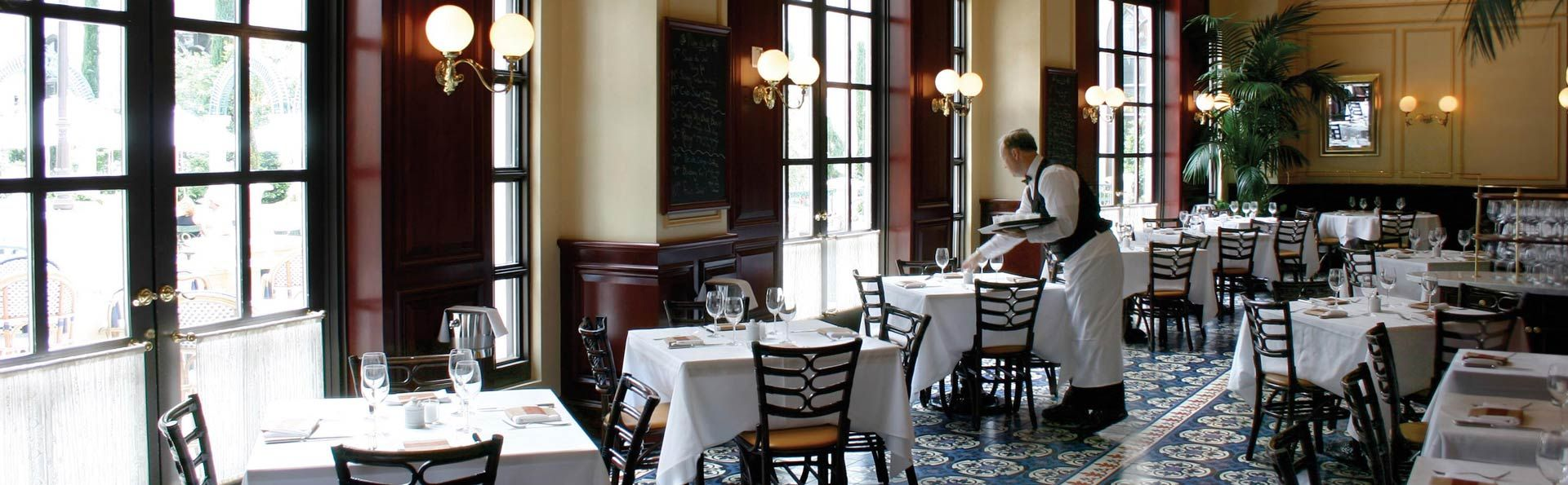 Dine At One Of The Best French Restaurants In Las Vegas Celebrity Chef Thomas Keller Brings His Famous Bistro To Venetian