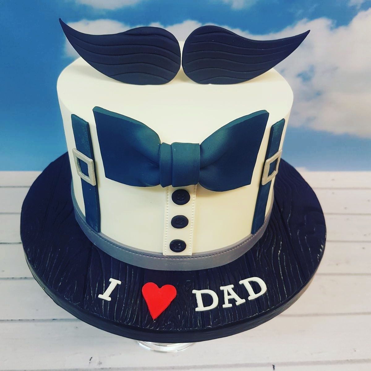 Dad's day special cake Dad birthday cakes, Mustache