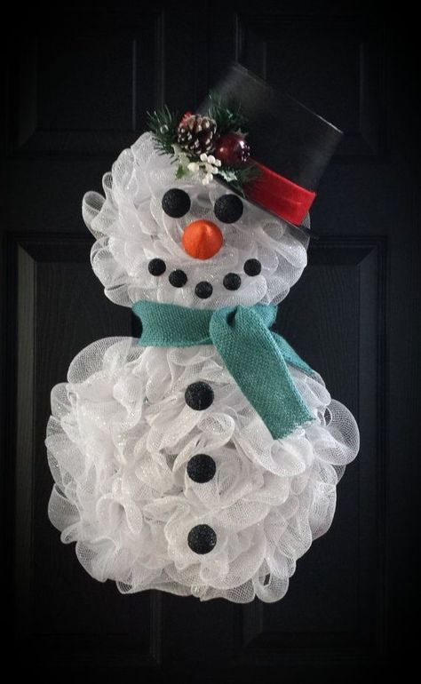 Deco Mesh Snowman Wreath With Images Christmas Decorations