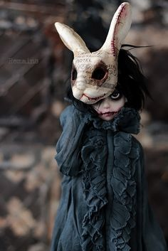 Fantasy | Whimsical | Strange | Mythical | Creative | Creatures | Dolls | Sculptures | Remains