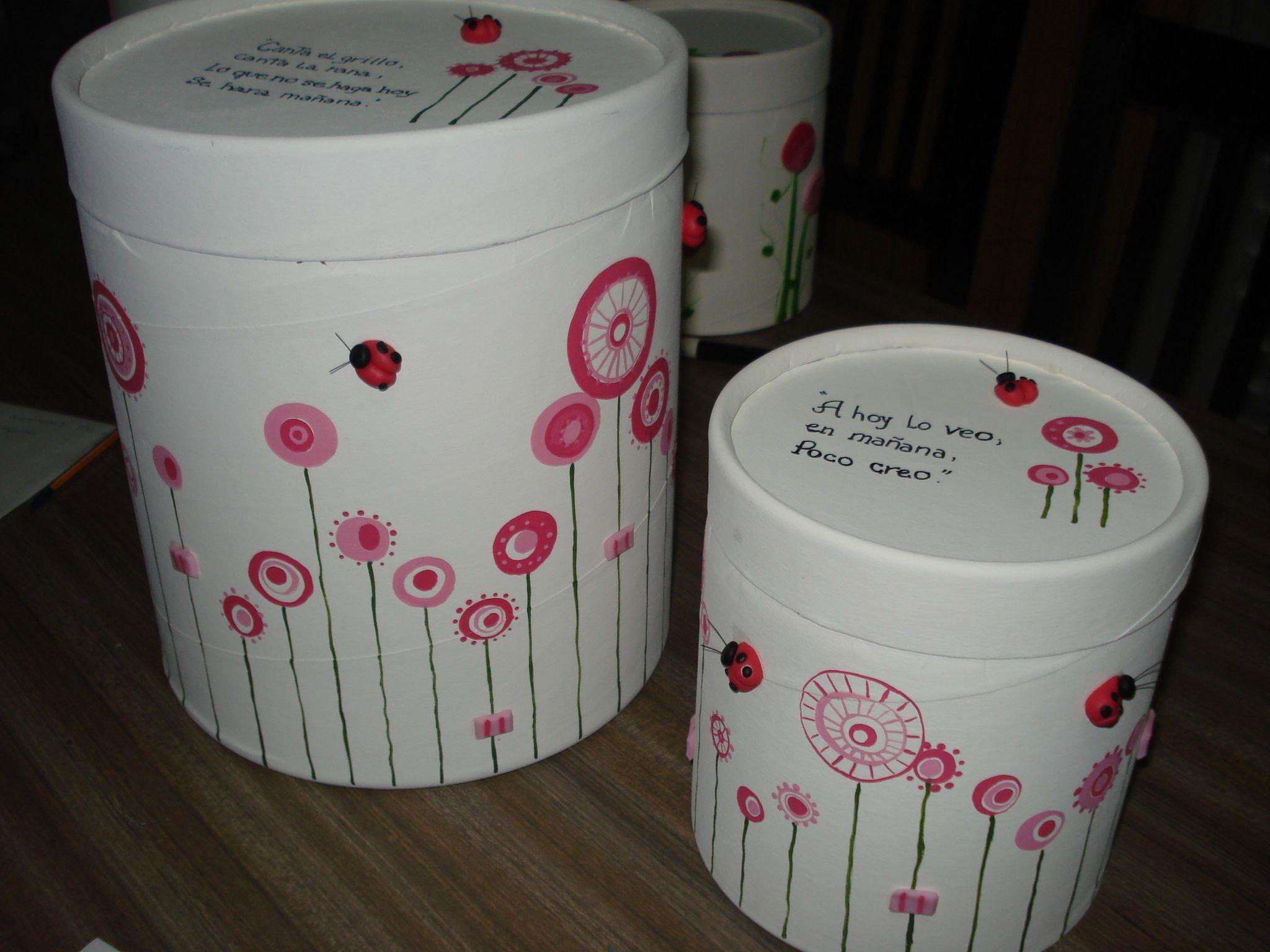 Cajas de carton pintadas cajas souvenirs pinterest for Cajas grandes de carton decoradas