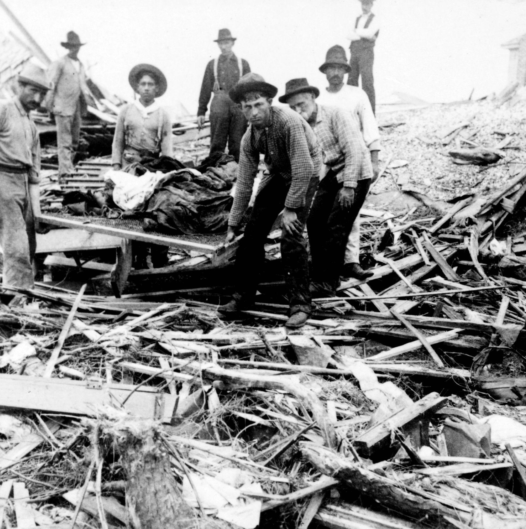 Images Of The 1900 Galveston Hurricane Galveston History Galveston Hurricane