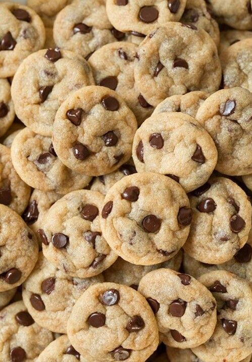 Cookies Wallpaper Mini Chocolate Chip Cookies Delicious Desserts Chip Cookies
