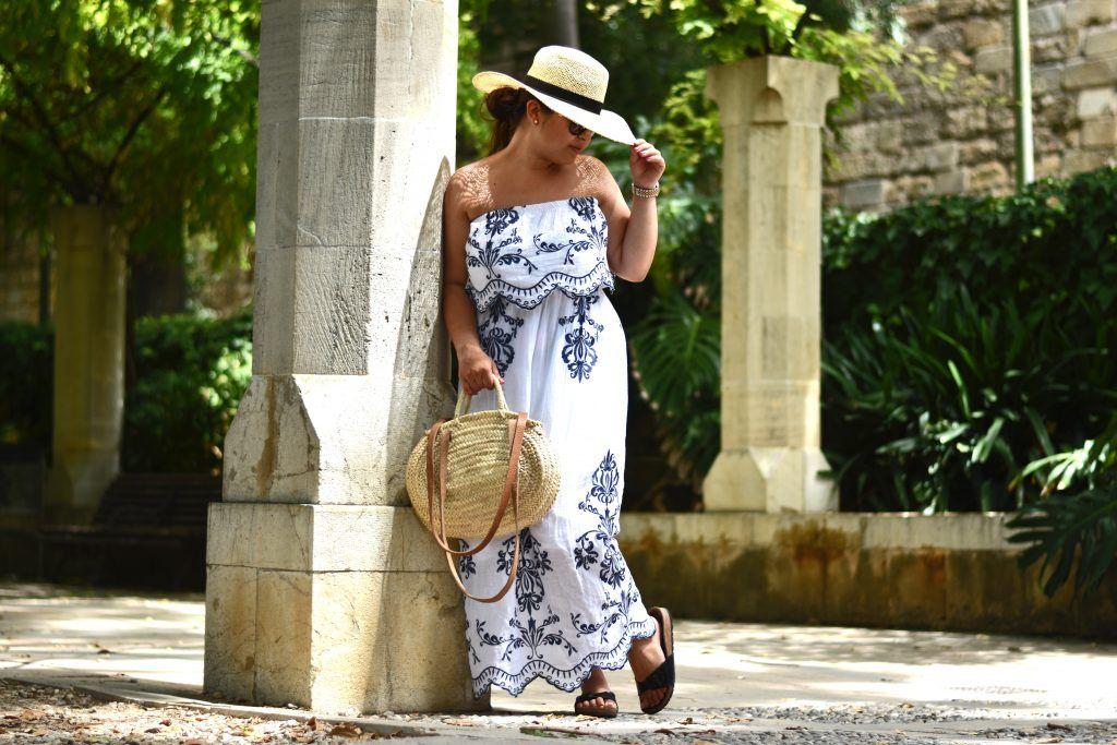Outfit: Hippie Kleid, Boho Chic und Accessoires aus Stroh ...