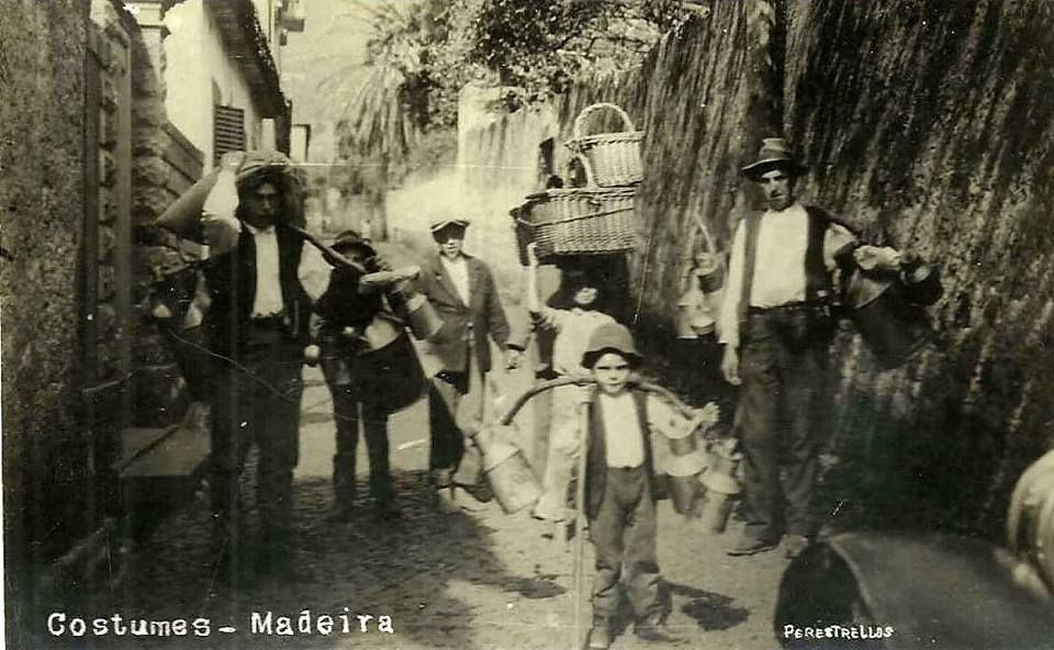 https://www.facebook.com/MadeiraQuaseEsquecida/photos/a.199627300073650.43397.193926413977072/786967361339638/?type=3