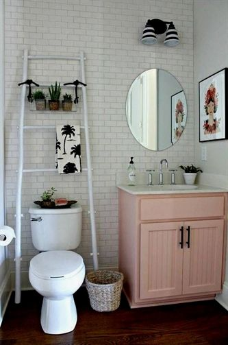 These small bathroom decorating ideas are perfect for a girl on a