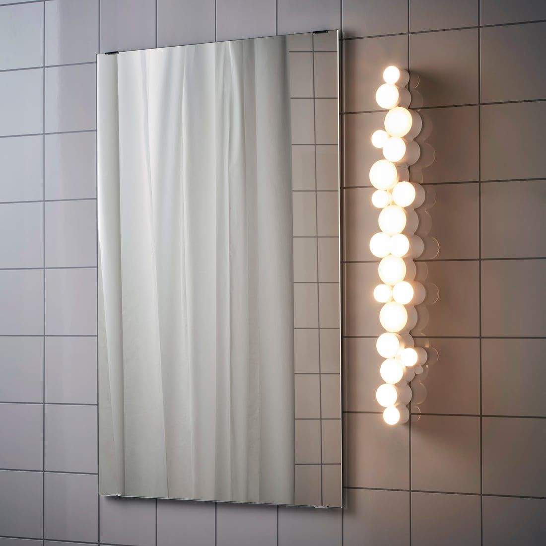 Sodersvik Wandleuchte Led Glanzend Dimmbar Weiss Glanzend Weiss Ikea Deutschland Spiegel Mit Beleuchtung Wandlampe Wandleuchte