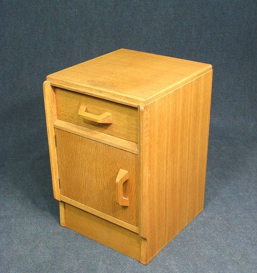 A Lovely Vintage Retro G Plan E Gomme Bedside Table Cabinet This Is Constructed