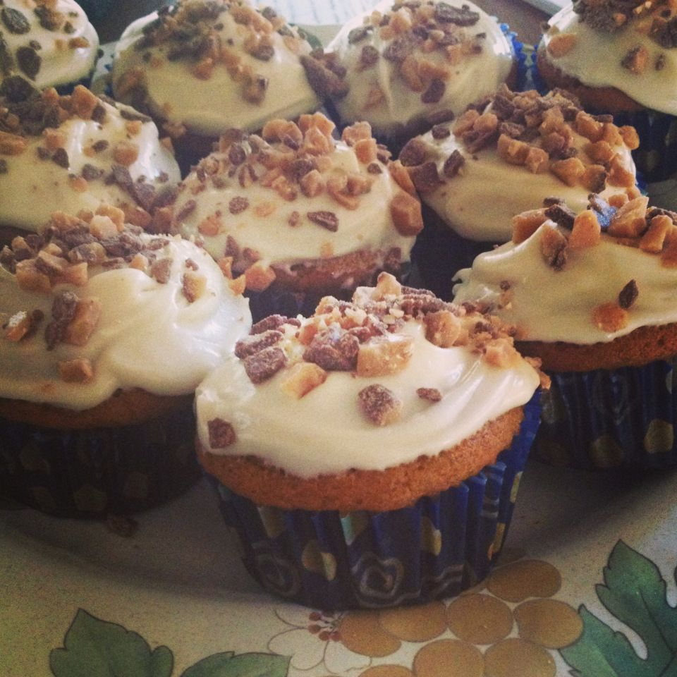 ina garten pumpkin cupcakes with maple cream cheese frosting