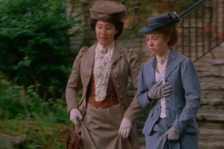 Anne Miss Stacey With Images Green Gables Anne Of Green