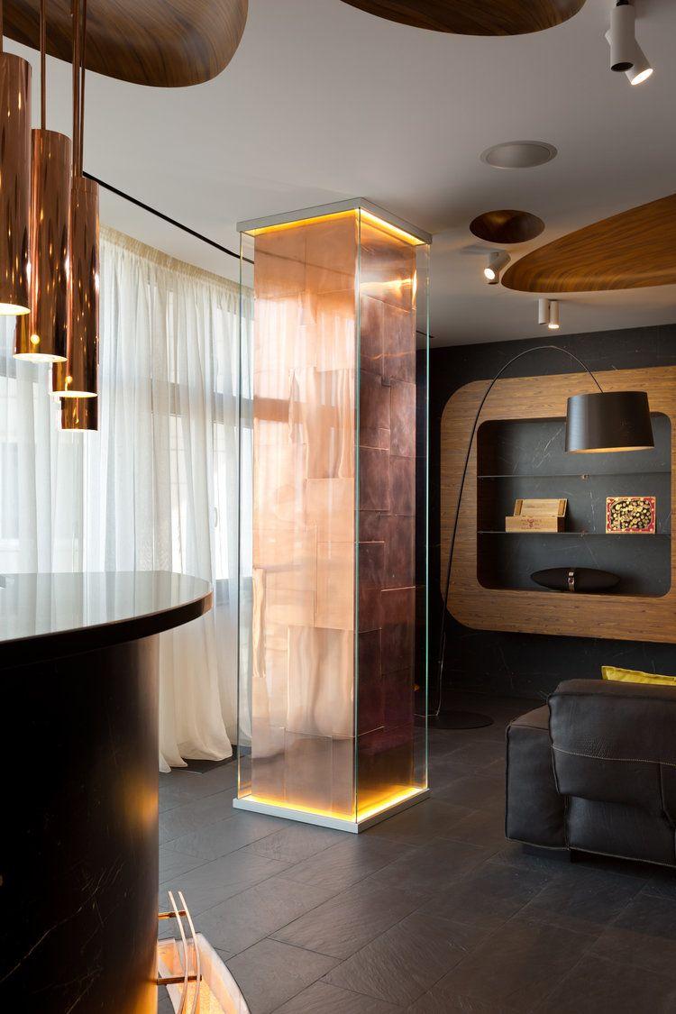柱體的設計 銅板拼貼在柱面上 裏頭打光用玻璃包覆 梁的設計 ...