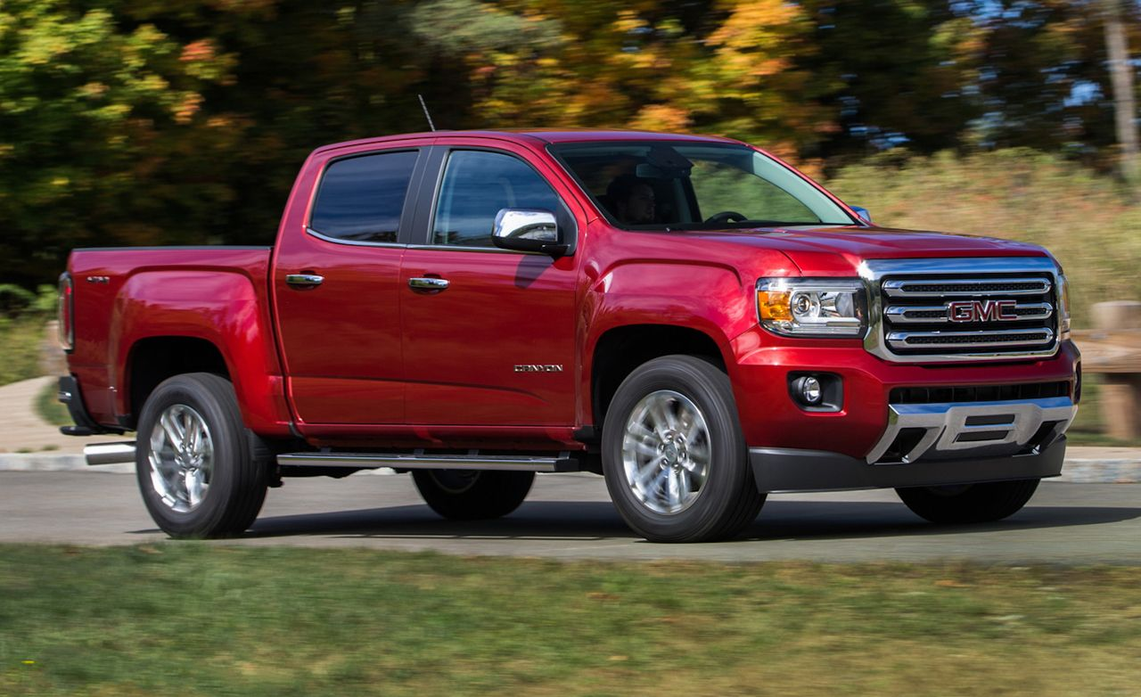 2015 gmc canyon nightfall edition rumbles in under the radar gmc canyon chevy and cars