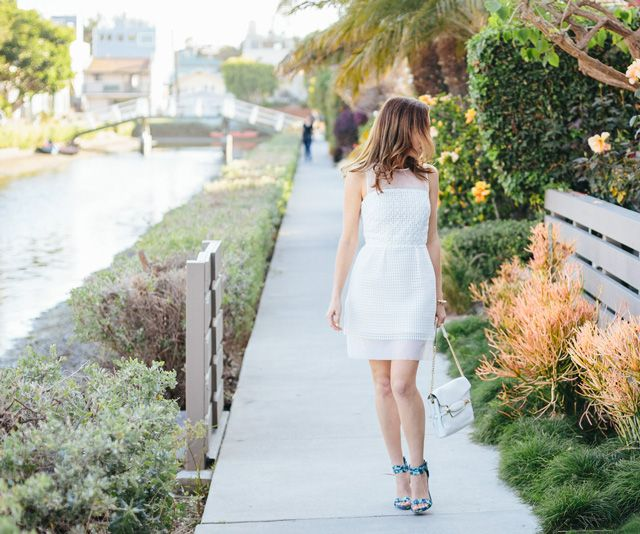 Sydne-Style---Sydne-Summer-gives-tips-on-what-to-wear-to-college-graduation-©SydneStyle.com-