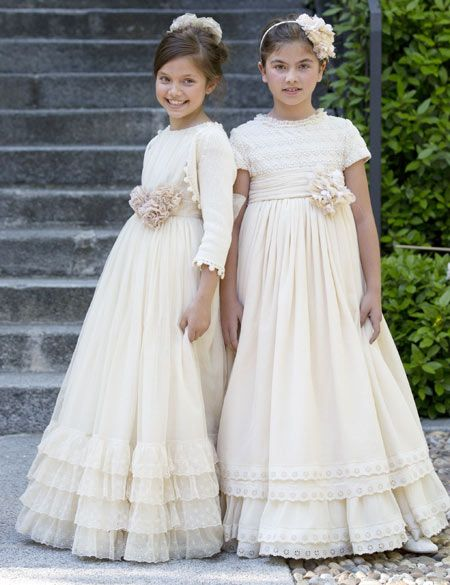 Vestidos de comunion larrana