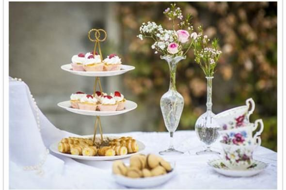 vintage bridal shower ideas love the petite bouquets and tea cups