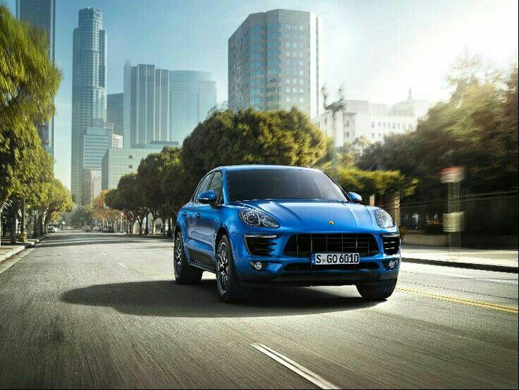 Porsche jeep blue