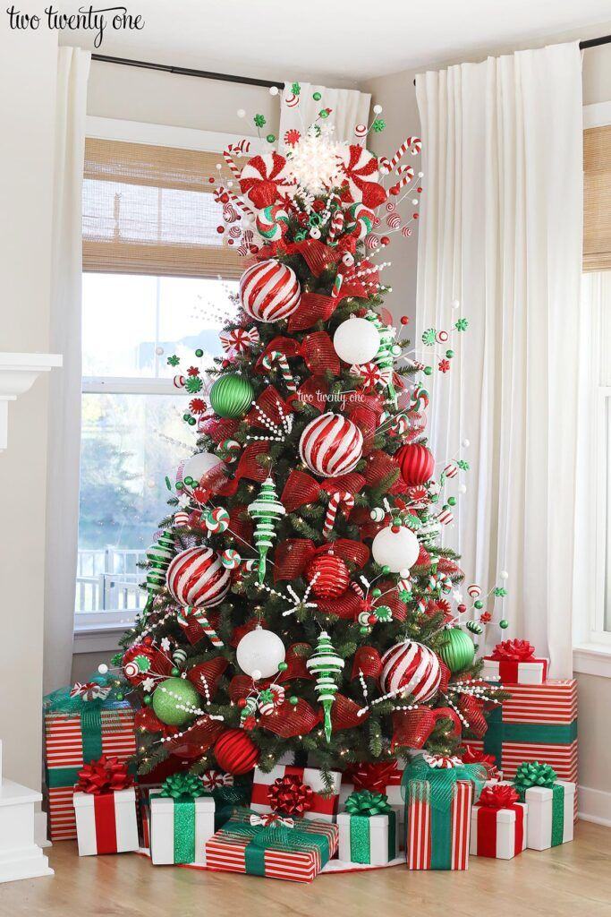 Peppermint Christmas Tree -   18 christmas tree themed ideas