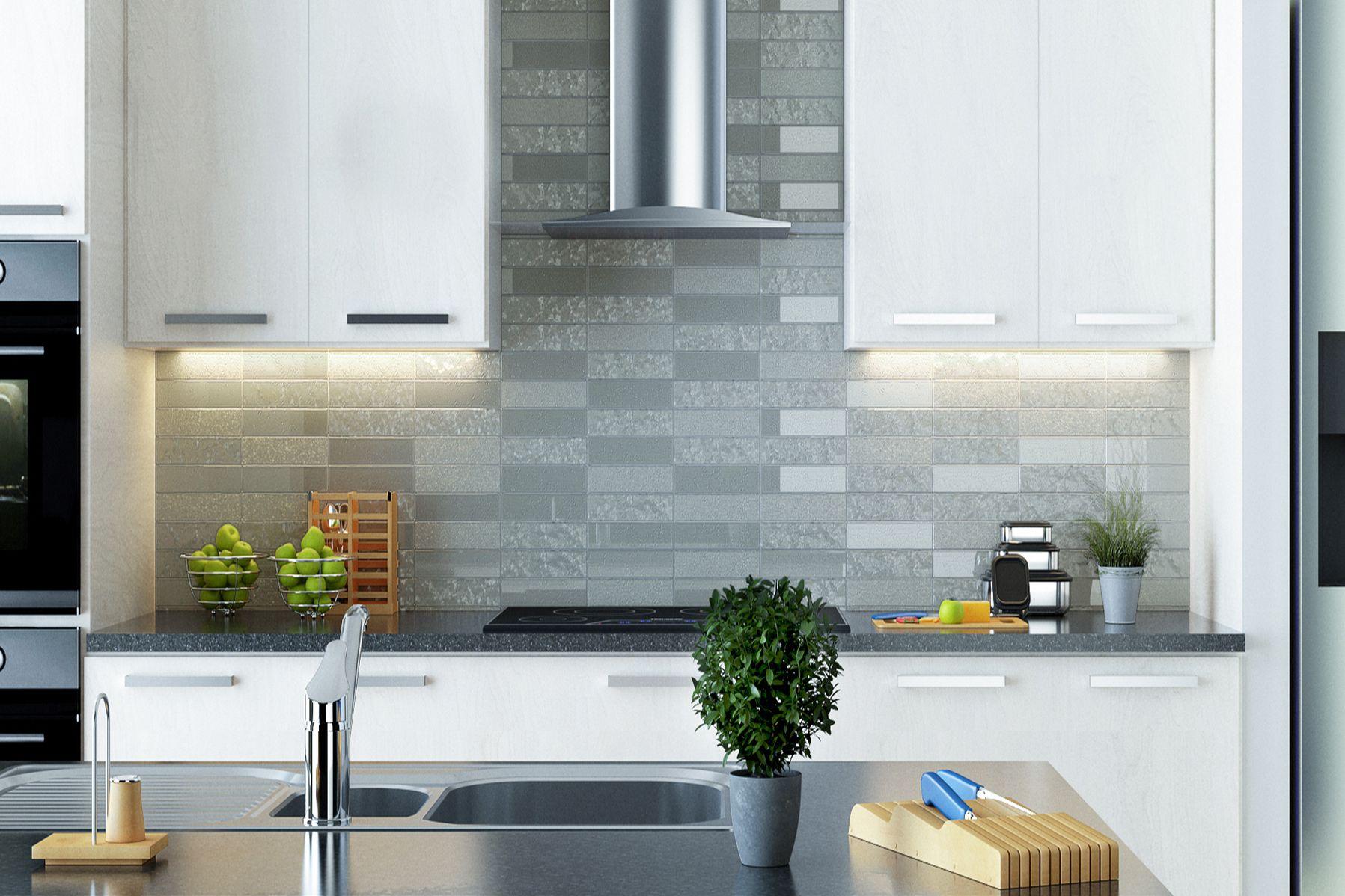 Easy breezy Como tile by Interstyle #InterstyleGlass #GlassTile ...